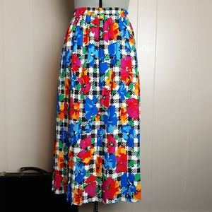 Vintage statement silky pleated skirt